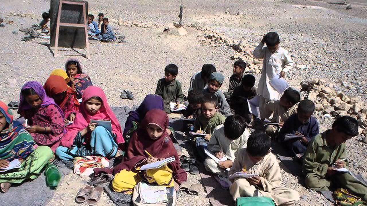 ضرورت کمک به نیازمندان