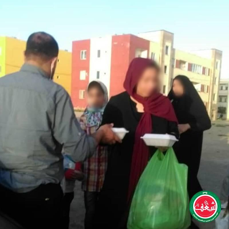 پخت و توزیع حدودا 230 پرس غذا در منطقه نظر اباد